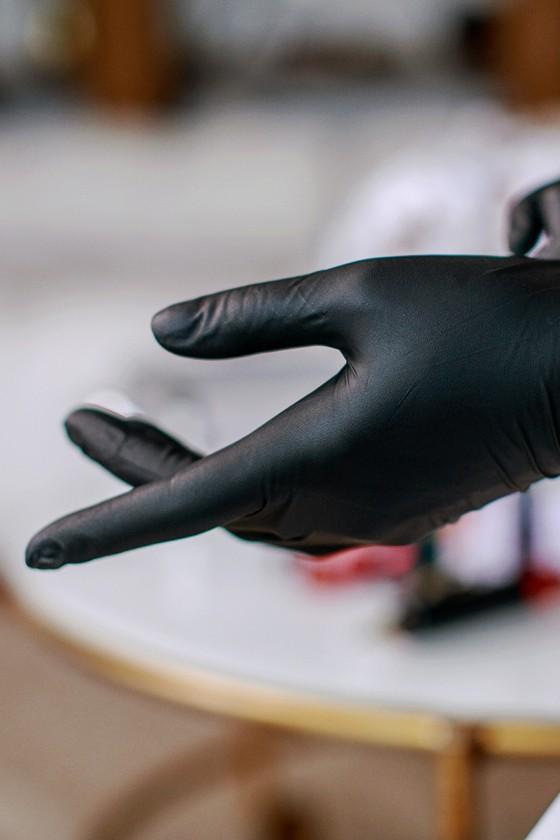 Prémium minőségű Legal Beauty nitril kesztyű - fekete - 60 db - Nitril kesztyű - Fekete - S