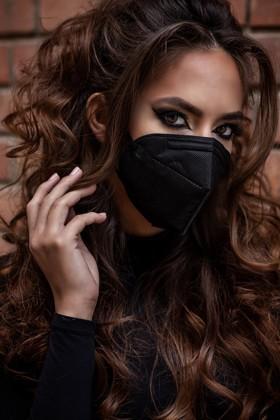 Legal Beauty FFP2 (N95 / KN95) 7-layer mask - without valve - Carbon black - 5 pcs