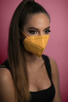 Jiada FFP2 CE 0370 szelep nélküli sárga maszk - 20 db
