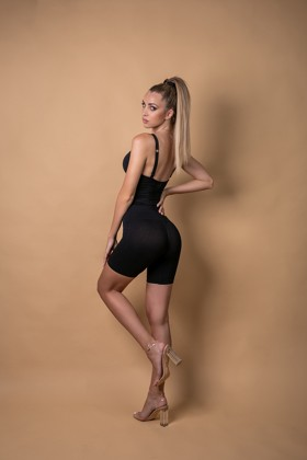 Figure shaping, high-waisted panty - Panty - Black - Short - XS/S